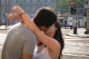 Bacio_coppia_Fg