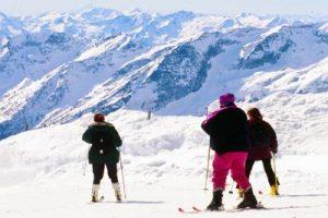 sciatori_montagna_neve_fg