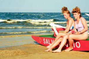 spiaggia_mare_ragazze_ftg