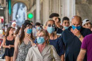 coronavirus_mascherine_passeggio_fg